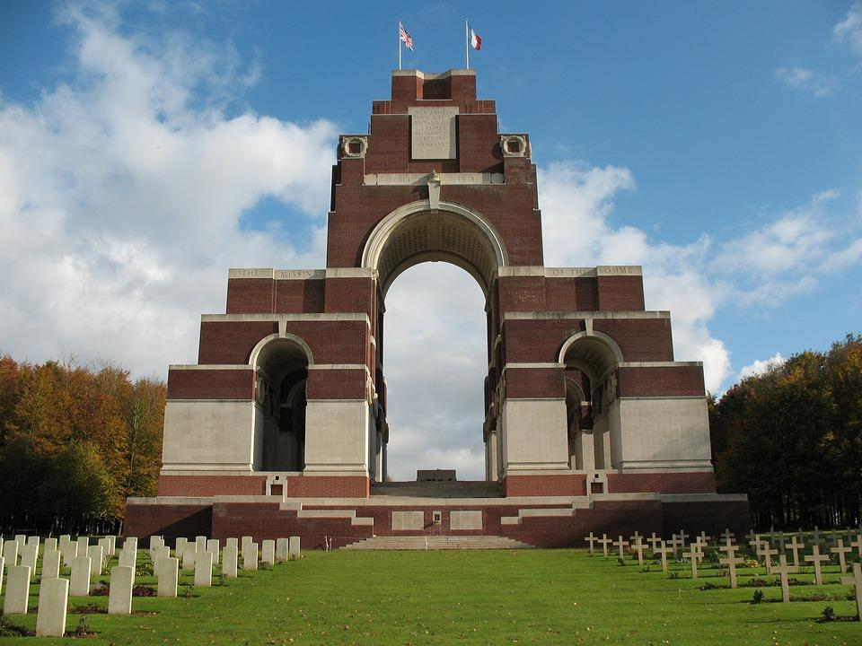 Le Mémorial de Thiepval sur les disparus de la Somme